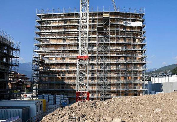 lavori di costruzione del palazzo