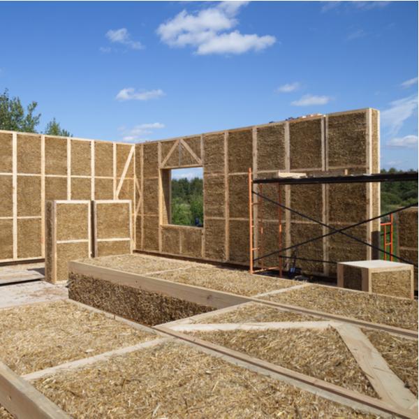 costruzione casa in paglia